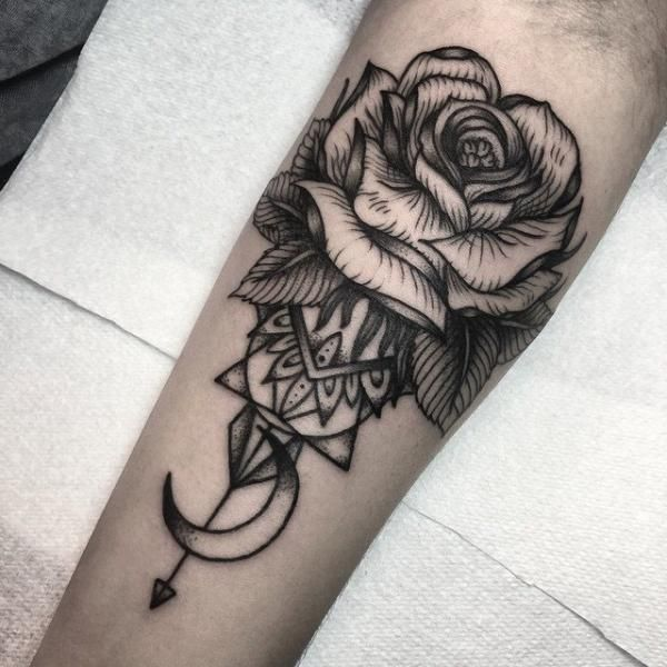rose-tattoos-18