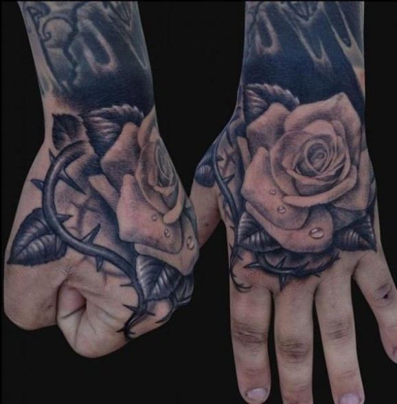 rose-tattoos-23