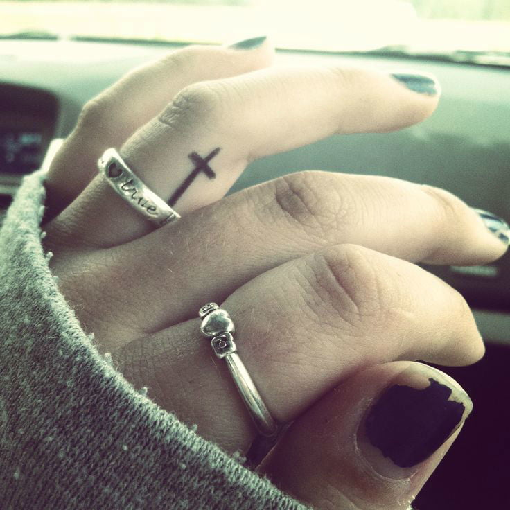 cross-tattoos-23