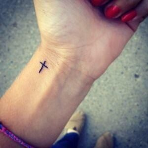 cross-tattoos-38