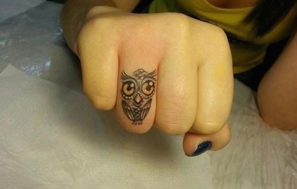 finger-tattoos-04