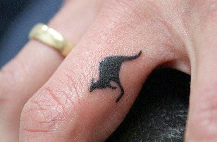finger-tattoos-40