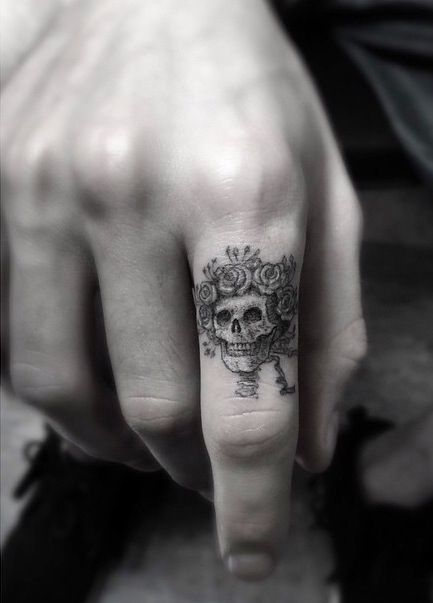 finger-tattoos-50