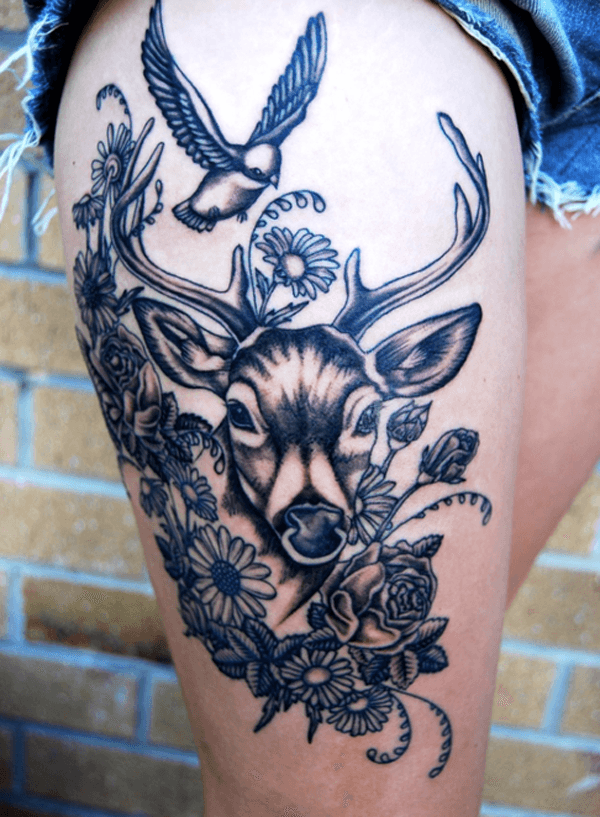 thigh-tattoos-25